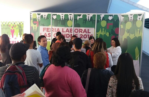 Concurre a la Feria Laboral Las Condes 2017. Encontrarás diversas ofertas de trabajo.