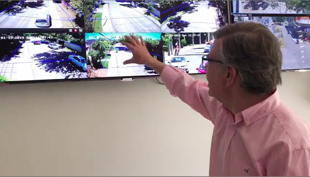 Alcalde presenta sistema de monitoreo