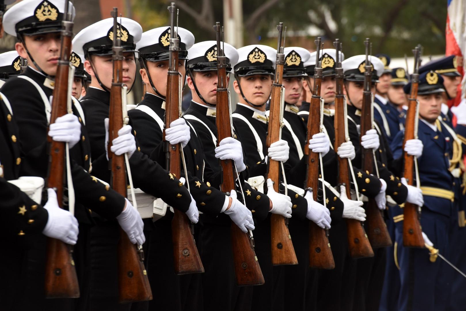 Desfile en homenaje a las Glorias Navales 2018