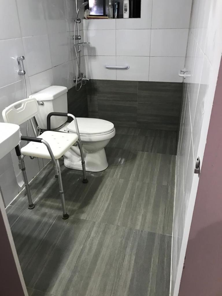 Facilidades para adultos mayores o personas con movilidad reducida.